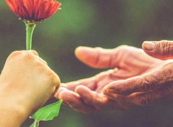 Benefits of Kindness - Boost Your Health & Happiness by Being Kind