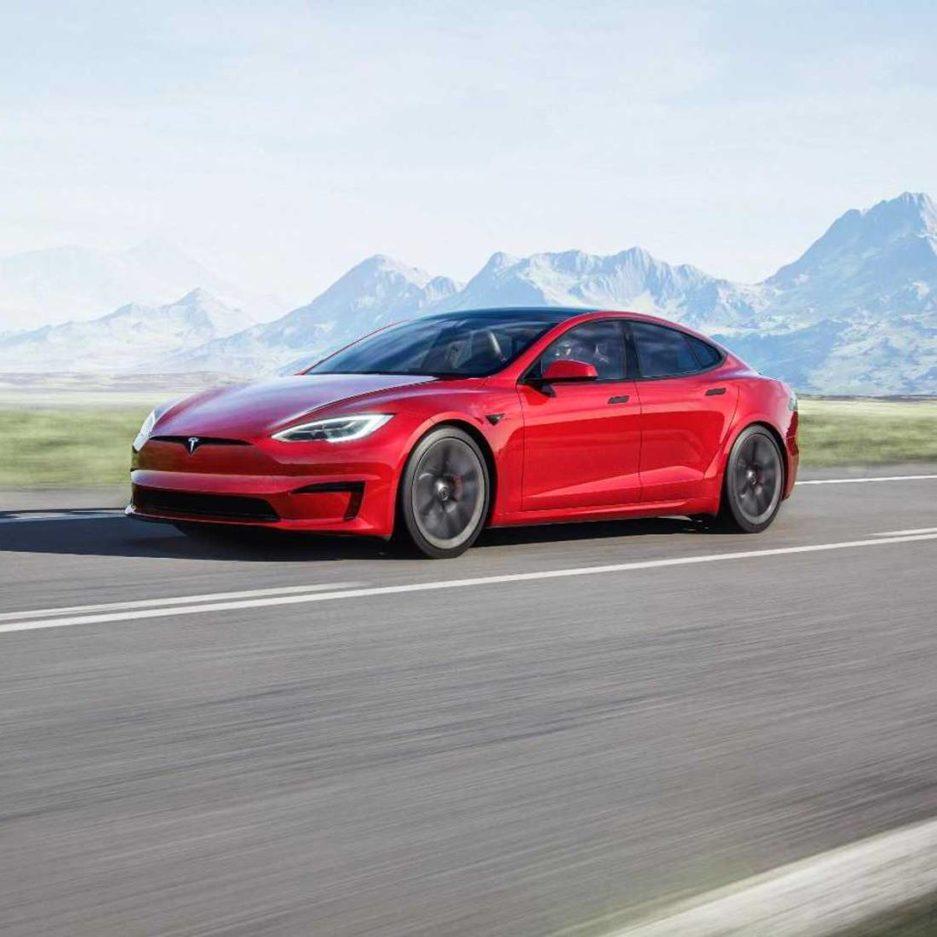 Tesla Model S Plaid - Fastest Accelerating Production Car
